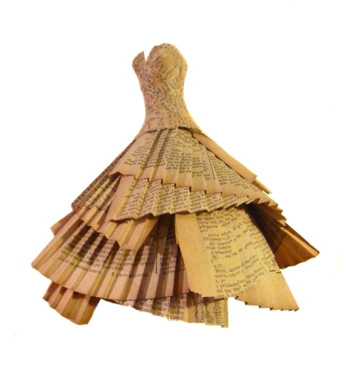 robe papier journal